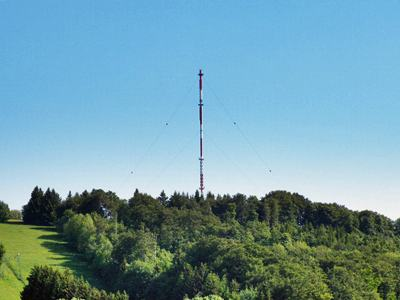 208 m high steel mast for the Bavarian Radio