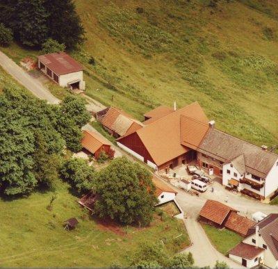 Landwirtschaftlicher Hof aus der Luftperspektive